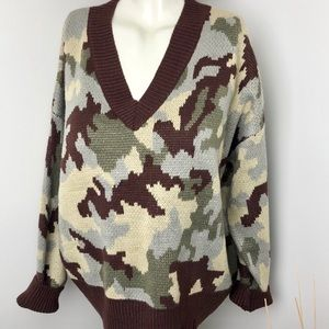 Debut • Brown Camouflage Oversized V-Neck Sweater